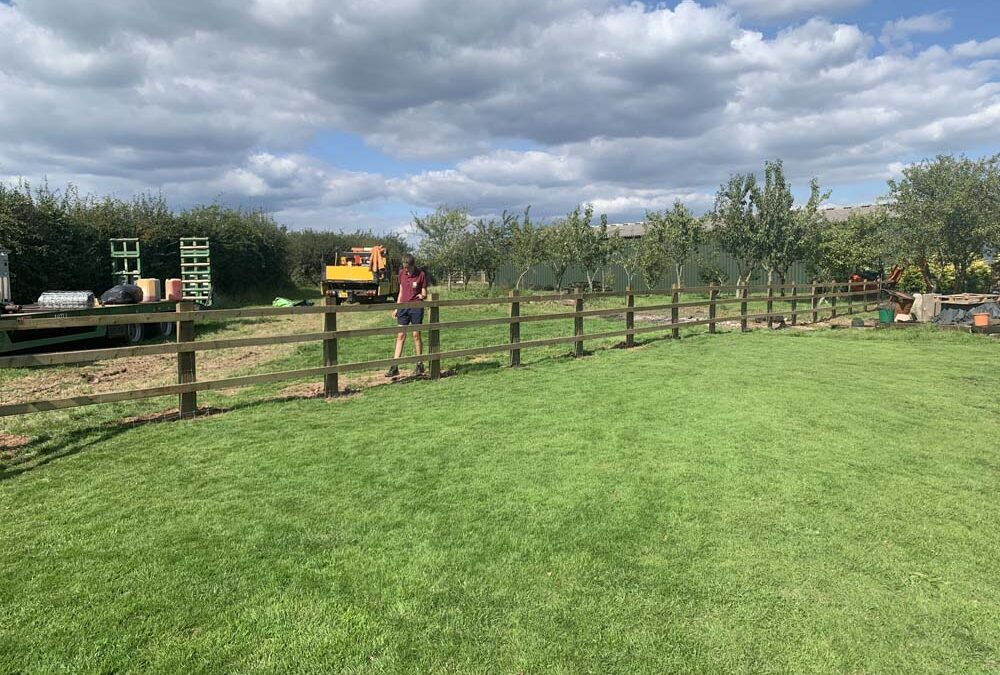 Aylburton – Fence Install