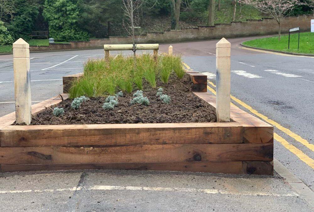 Oak Planters Install